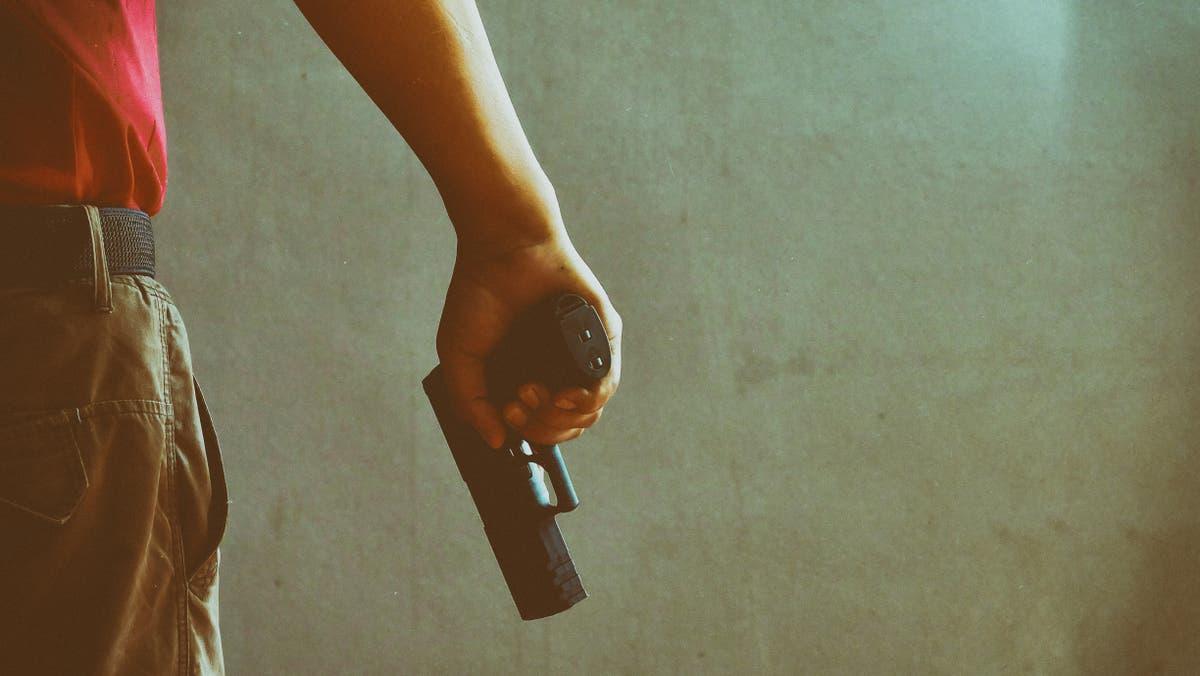 Teenage boy who climbed into Louisiana home to see a girl fatally shoots her father