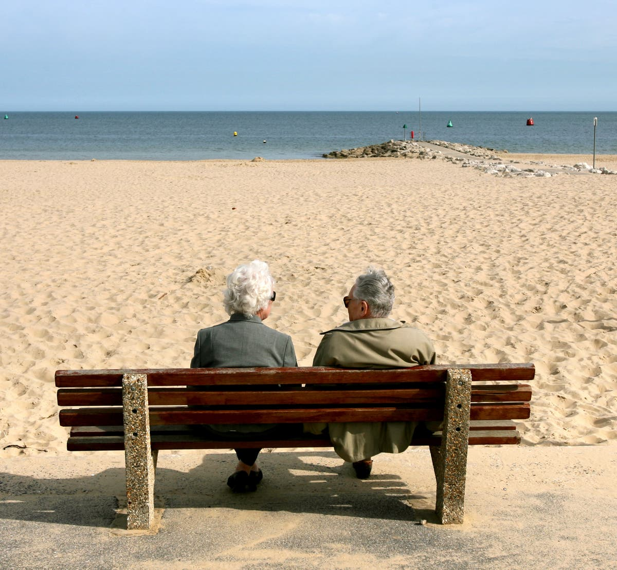 Switch DIY pension provider and save £22,800 before retirement, Which? reveals