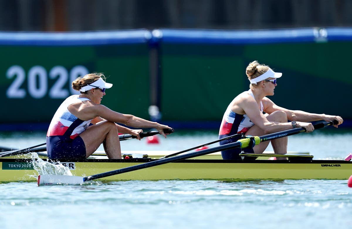 Helen Glover eyes further improvement after reaching women's pairs semi-final