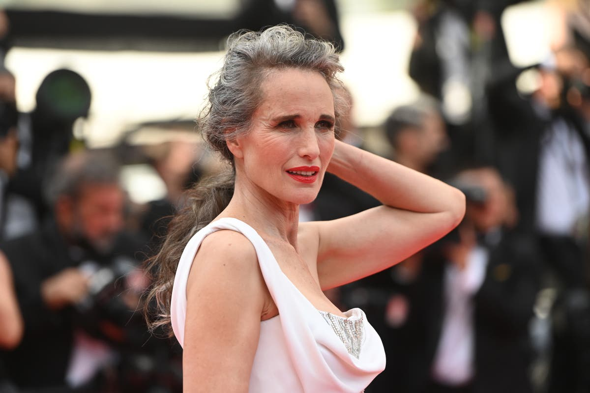 Andie MacDowell says her managers tried to convince her not to go gray