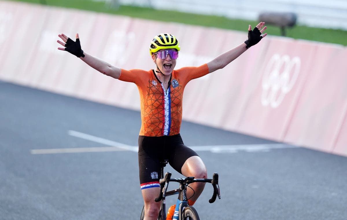 Olympic cyclist celebrates victory while unaware she has come in second place