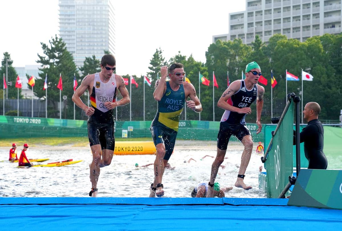 アレックス・イーが男子トライアスロンで銀メダルを獲得し、ジョナサン・ブラウンリーが5位でフィニッシュ