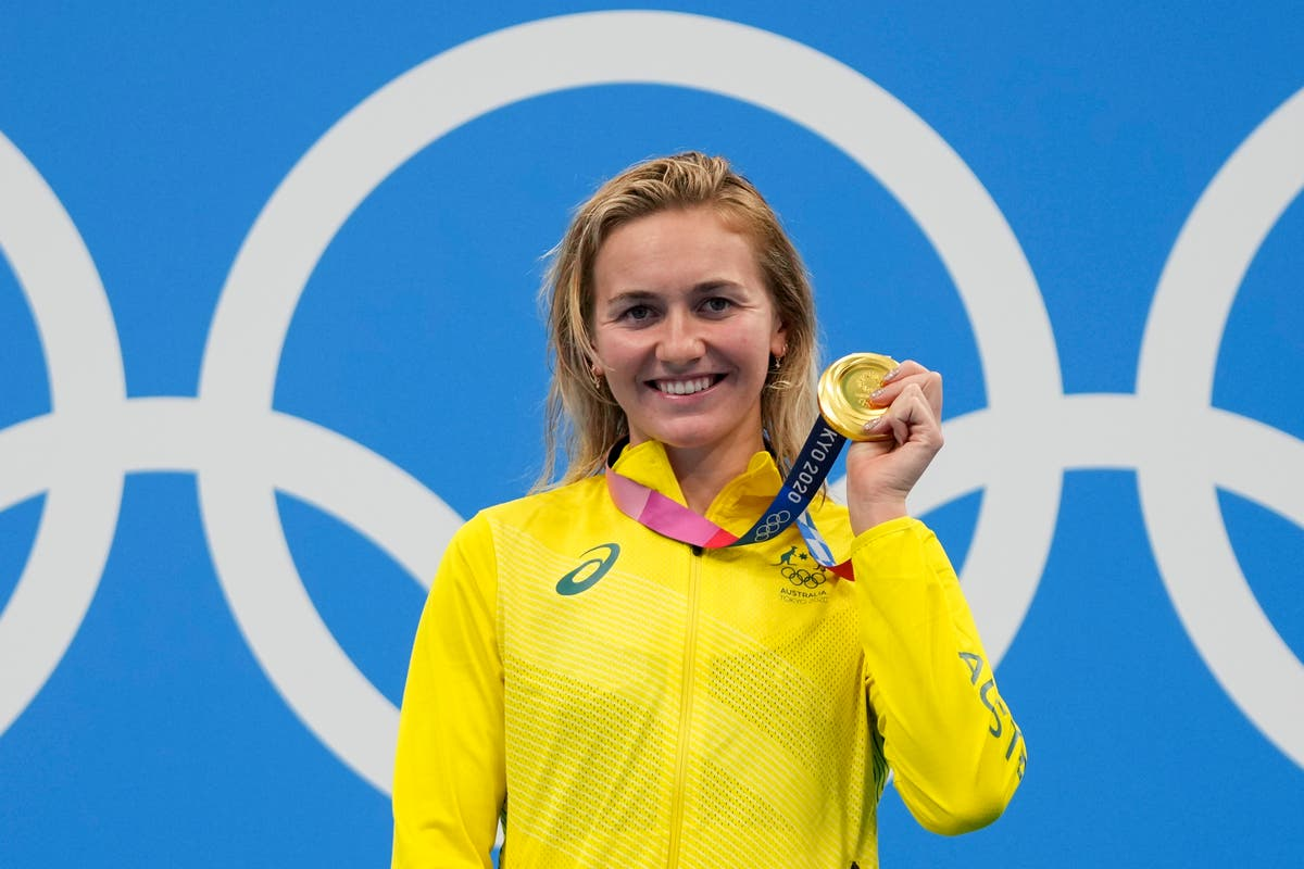 What a reaction! Aussie coach erupts after Titmus gold medal