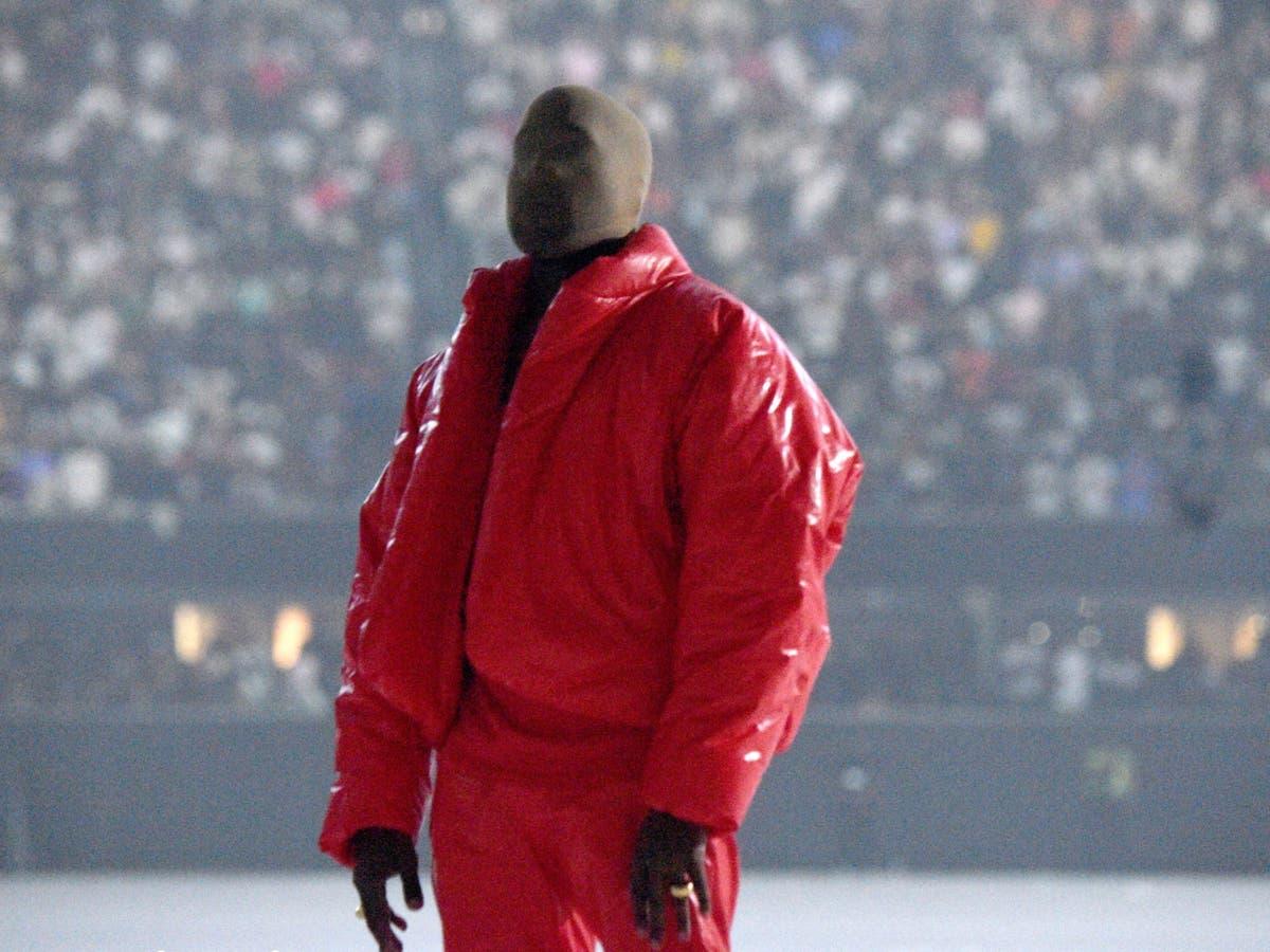 Kanye West bevestig dat hy in Atlanta-stadion woon om aan die nuwe album Donda te werk