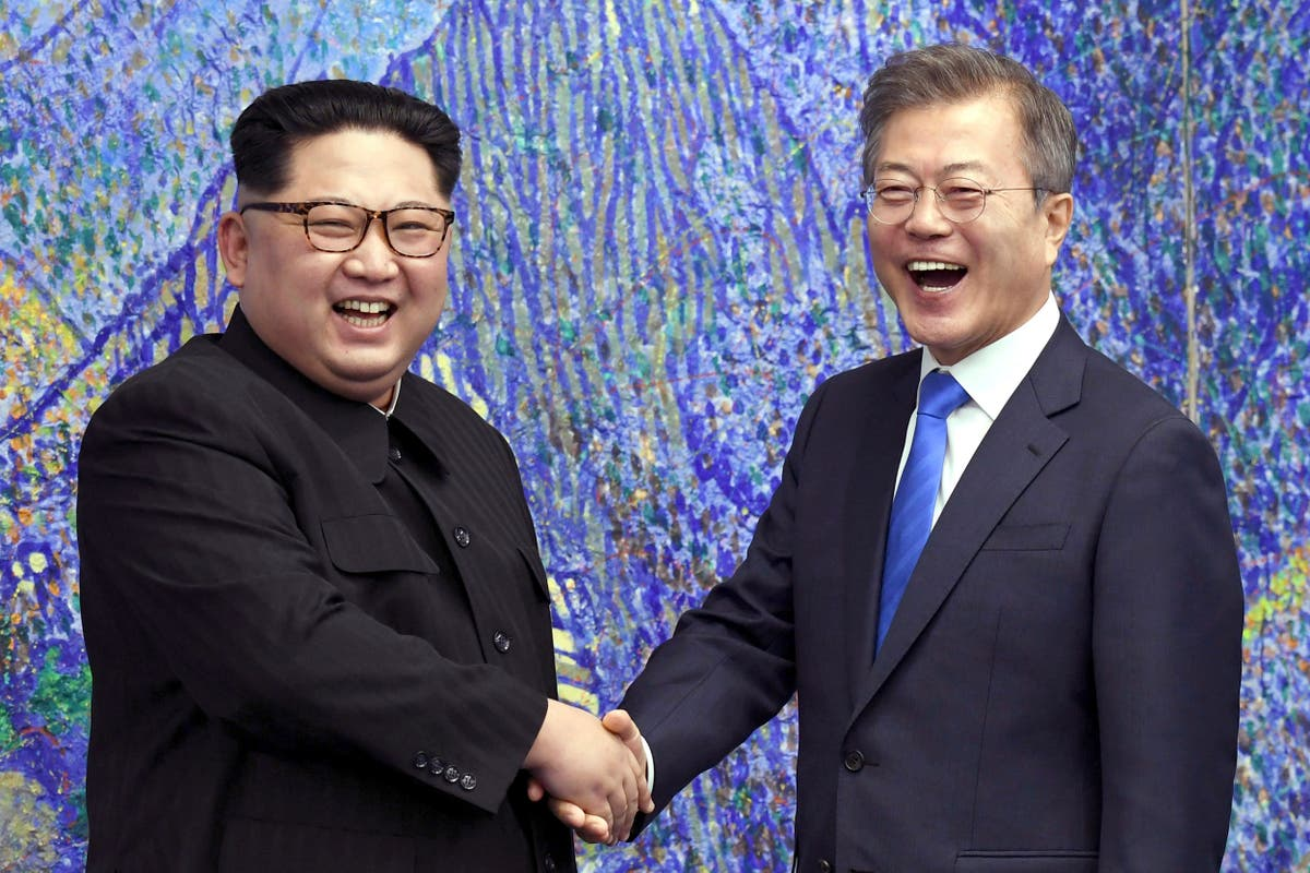 Koreas restore communication channels, agree to improve ties