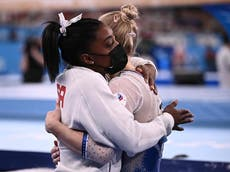 Simone Biles flooded with support as she drops out of team gymnastics final at Tokyo 2020