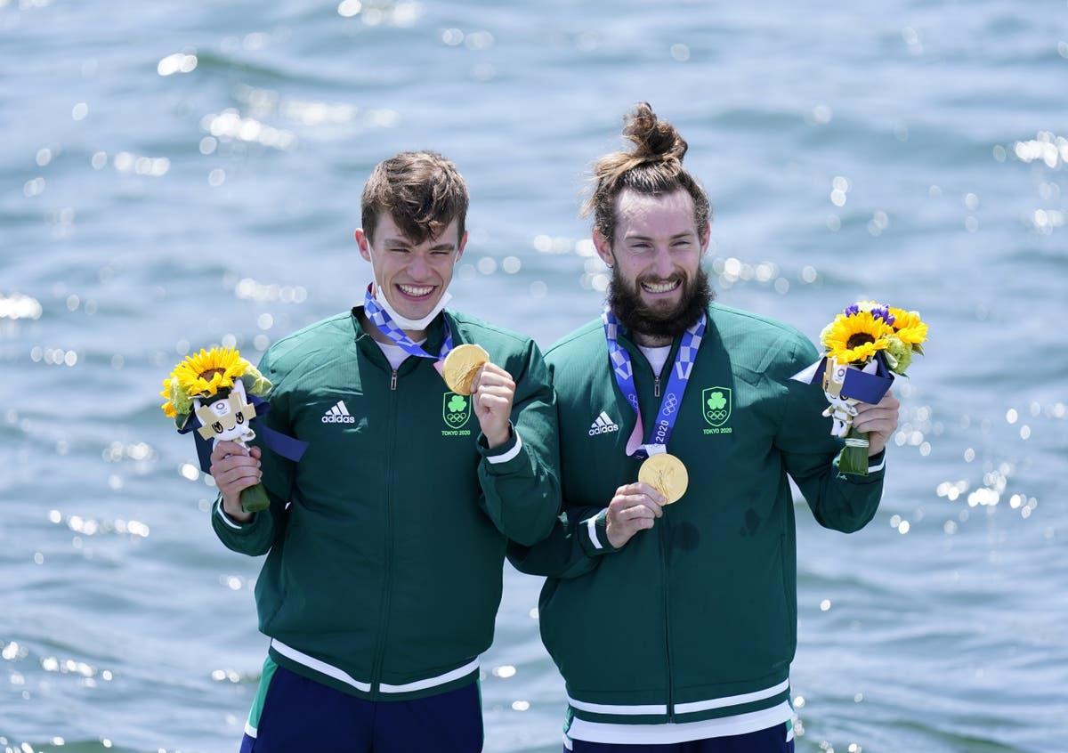 Fintan McCarthy et Paul O'Donovan remportent la première médaille d'or olympique irlandaise depuis 2012