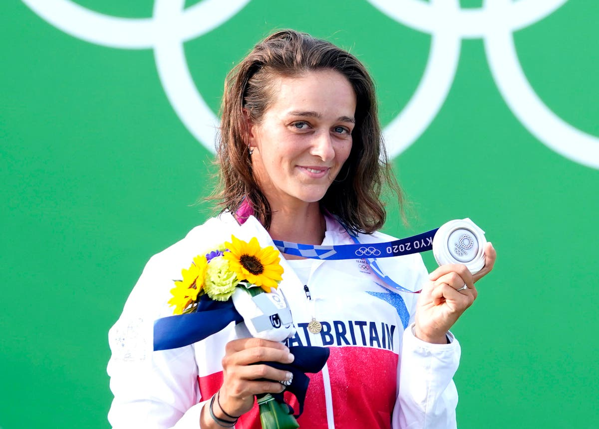 Mallory Franklin wins historic silver for Team GB in canoe slalom at Tokyo 2020