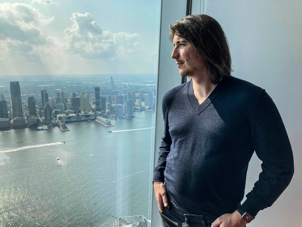 Robinhood CEO tells AP it's eying expansion beyond trading