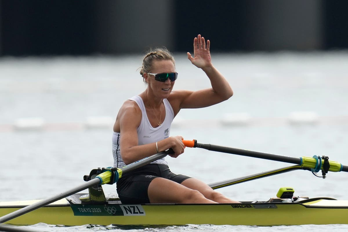 Olympics Latest: New Zealand's Twigg wins single sculls gold