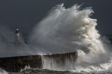 UK weather warning - viver: Storm Evert to bring 55mph winds and rain as Met office says climate crisis evident