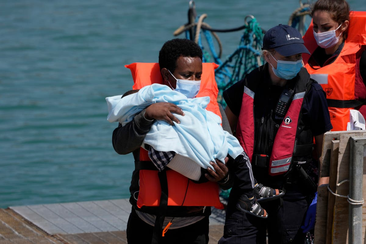 UK lawmakers say conditions for Channel migrants 'shocking'