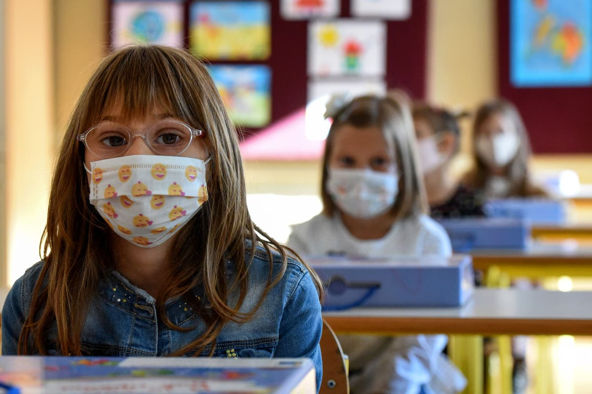 Debates over mask mandates confuse as school year looms