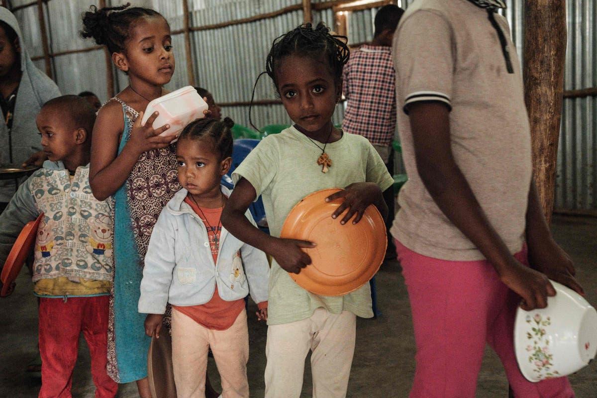 超过 100,000 children in Ethiopia's Tigray could die of hunger