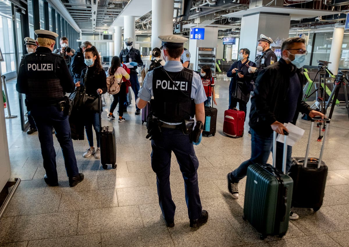 Germany requires COVID tests for unvaccinated travelers