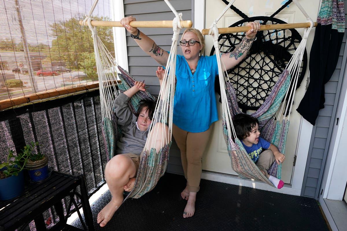 家賃を払う家族, 食物, 児童税額控除のある債務