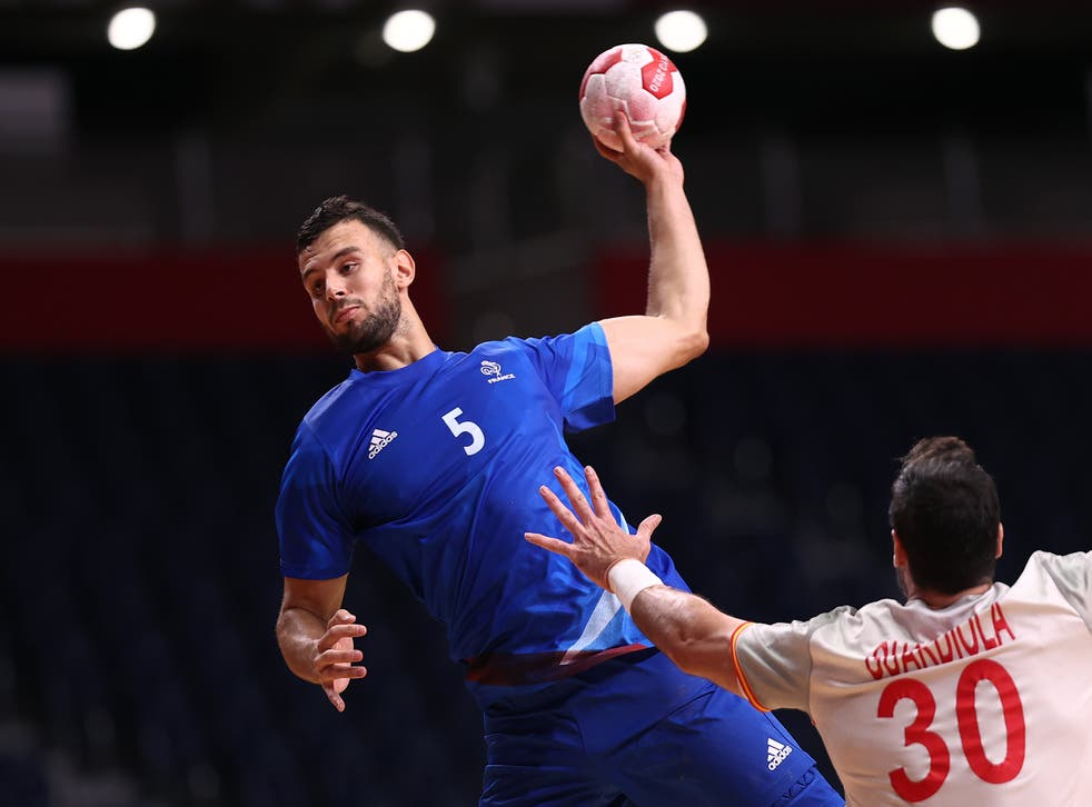 <p>France saw off Spain</bl>