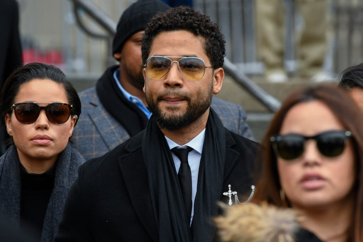 Judge allows Jussie Smollett's lawyer to stay on the case