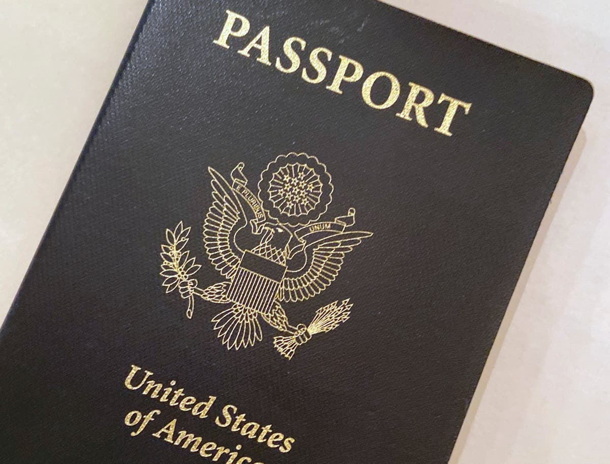 US passport delays lead to long lines of would-be travelers