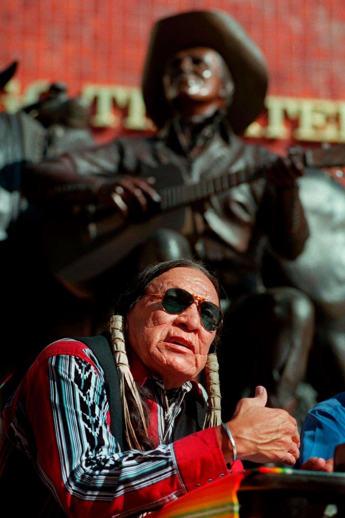 Saginaw Grant, noted Native American character actor, morre