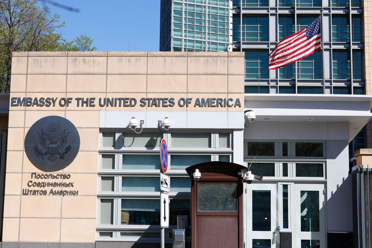 US bids 'do svidaniya' to Russian staff at Moscow embassy