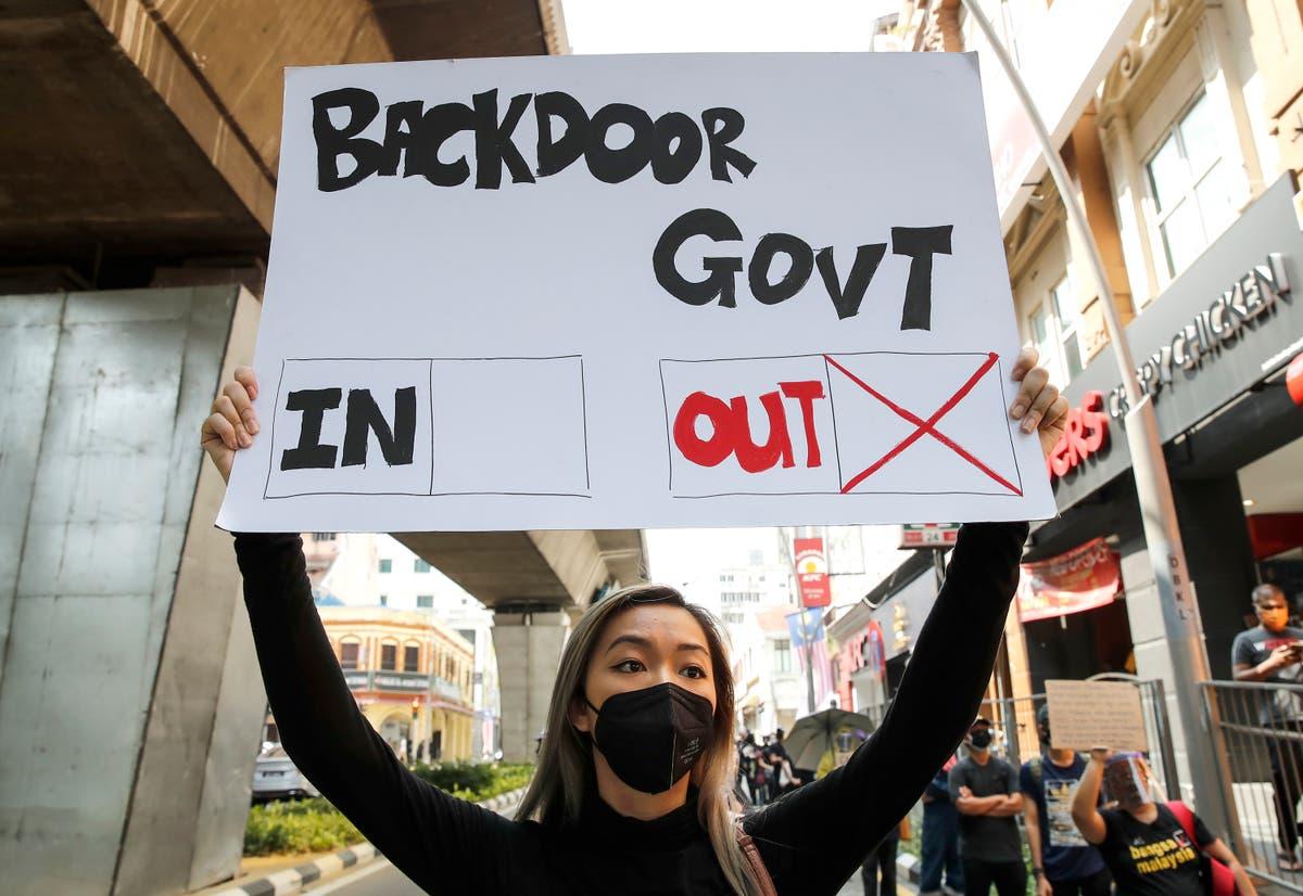 マレーシアの若者は、パンデミックが悪化するにつれて首相の辞任を要求する