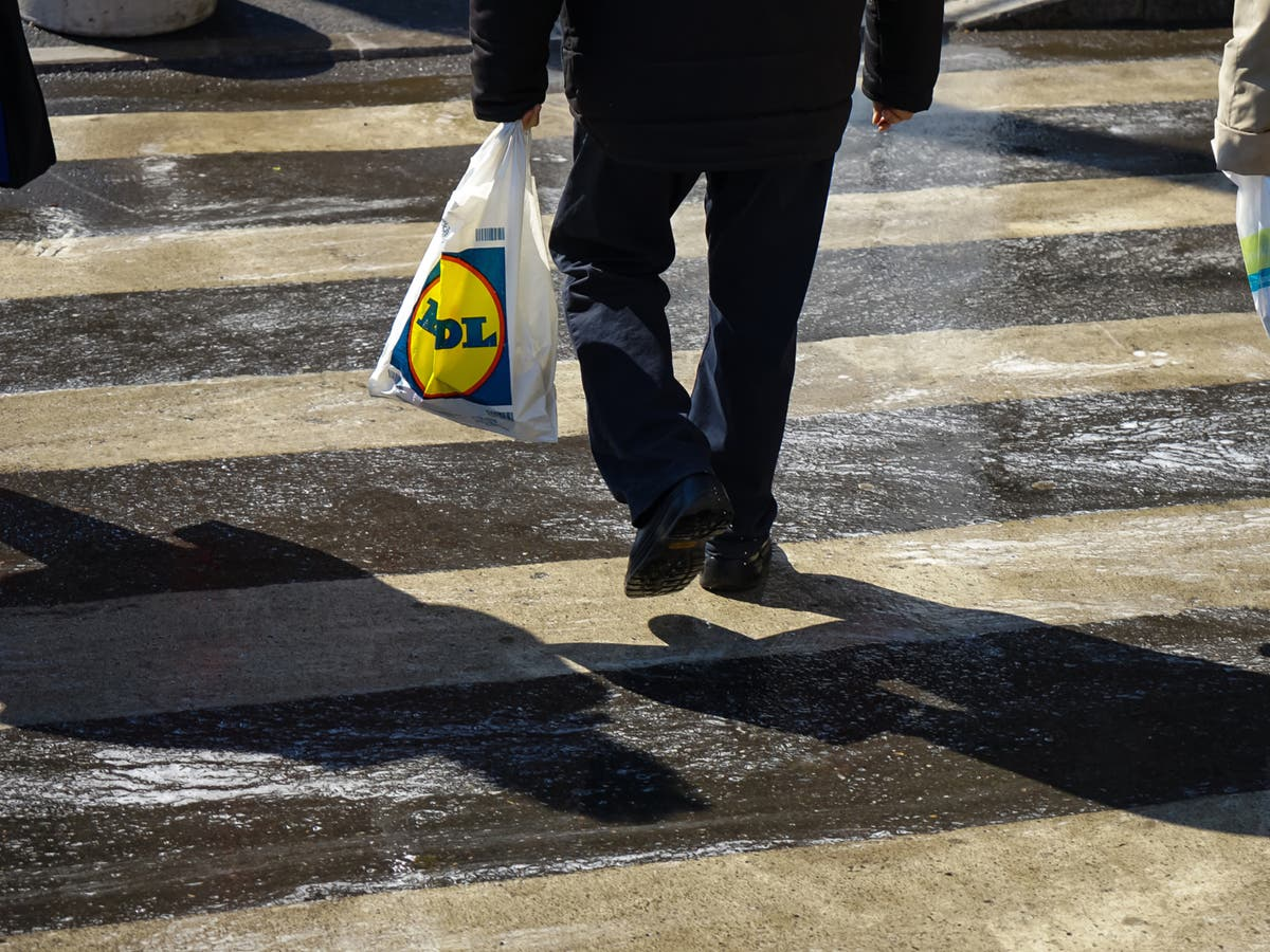 Lidl claims to remove one billion pieces of plastic from stores