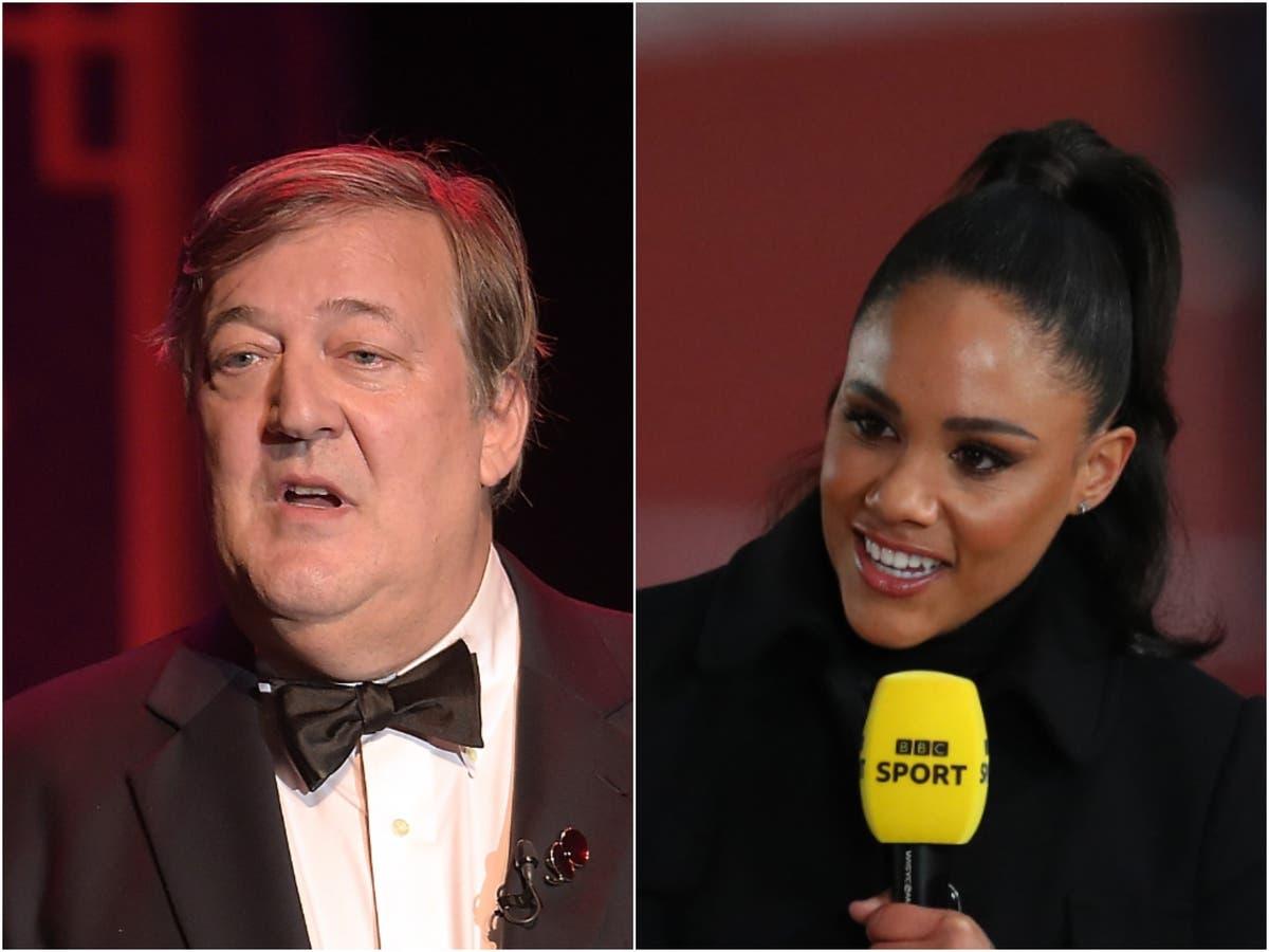 """Stephen Fry com raiva defende Alex Scott de alegar que seu sotaque está """"estragando"""" a cobertura das Olimpíadas"""