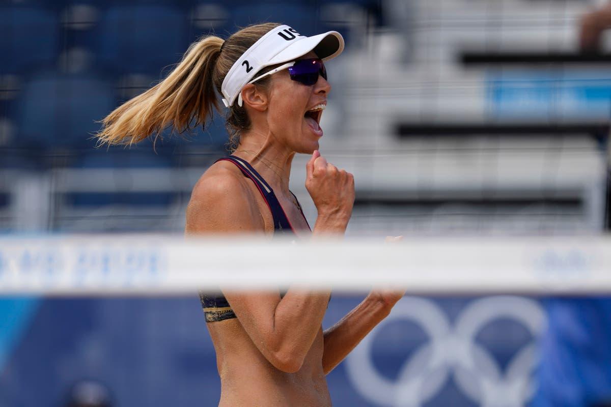 奥运会最新消息: 美国沙滩排球队进入四分之一决赛