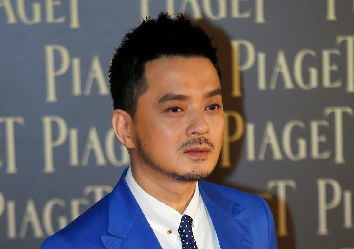 chanteuse pop hongkongaise, militant arrêté pour corruption