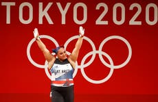 Tokyo-OL: GB's Emily Campbell wins weightlifting silver as China's Li Wenwen breaks Olympic record