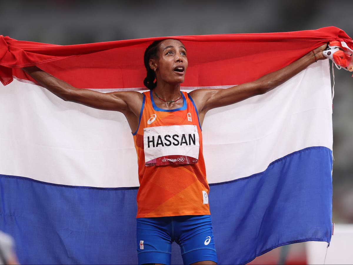 Sifan Hassan dominates to win gold in 5,000m at Tokyo 2020