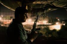 Les talibans prennent d'assaut les prisons contenant des milliers de militants