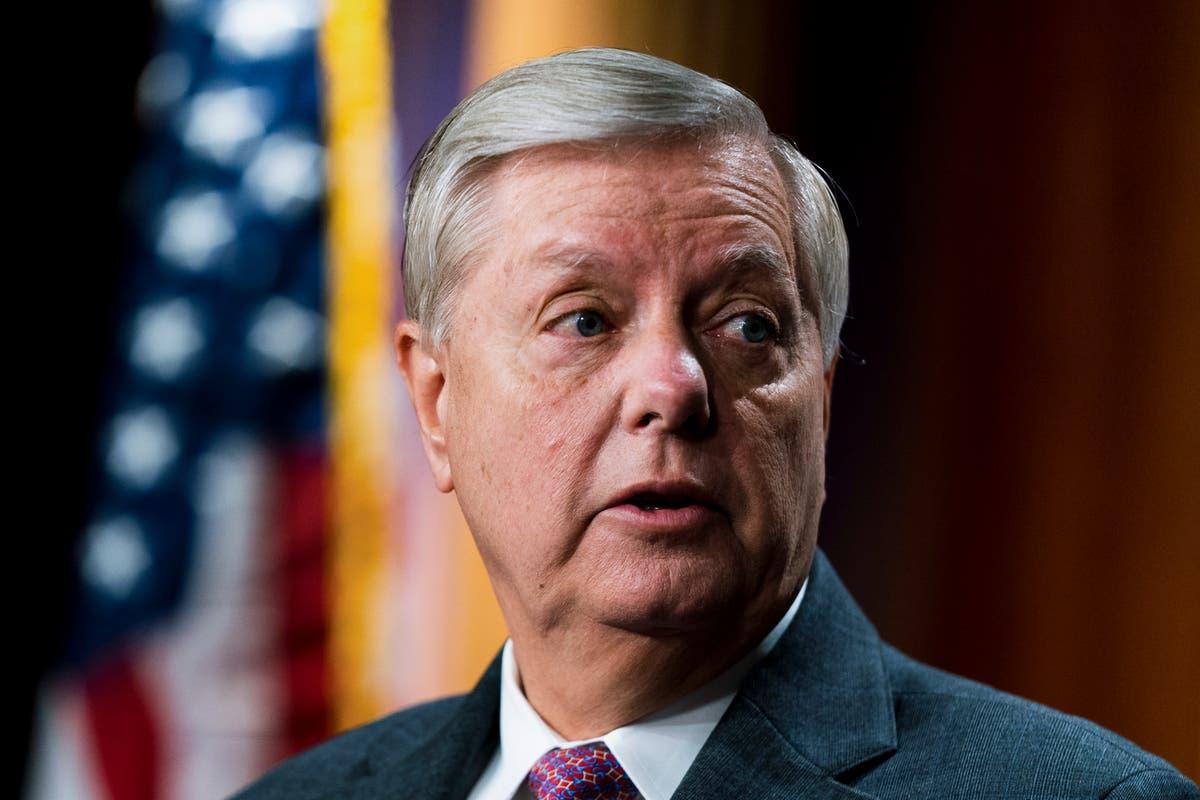 Graham se eerste ingeënt senator om positief te toets vir COVID-19