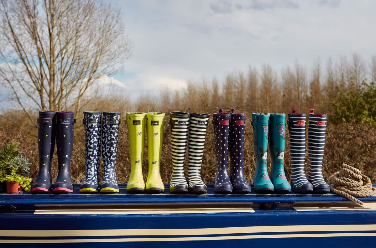Joules swings to profit thanks to online sales boost