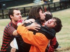 'Hulle het die grootste rock'n'roll -band ter wêreld geword' - Remembering Oasis se historiese Knebworth -vertonings van '96