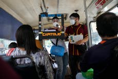 On the bus or off, Venezuela journalists try to deliver news
