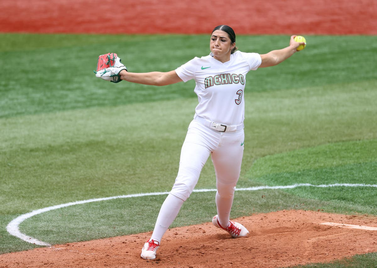 Mexico softball player apologises after team jerseys left in trash in Tokyo