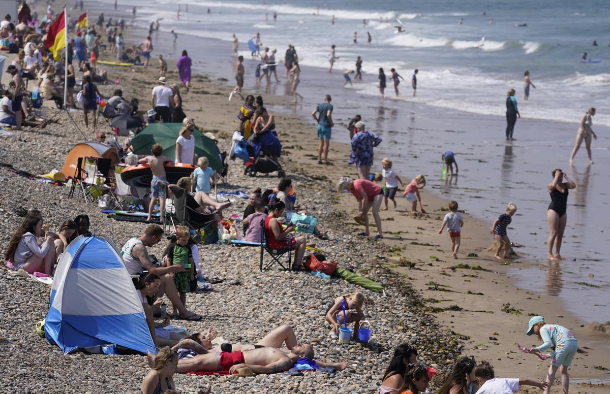 Will there be a heatwave in August?