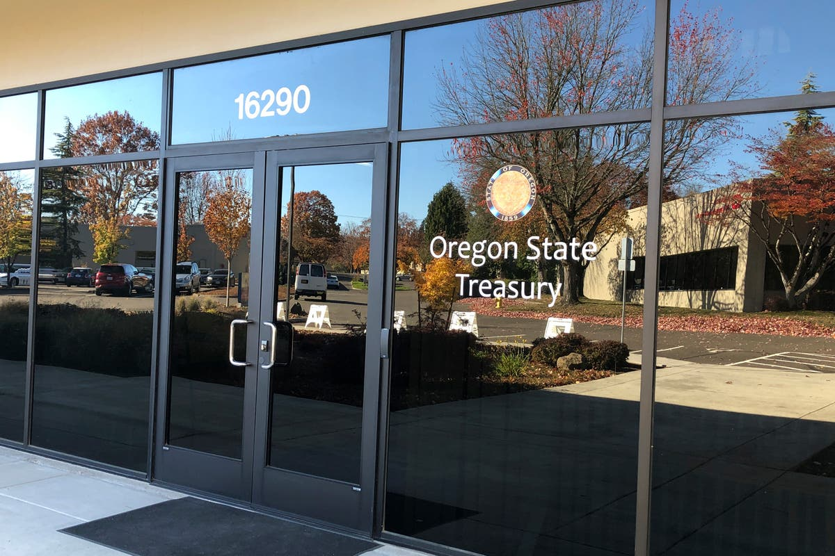 Oregon examines spyware investment amid controversy