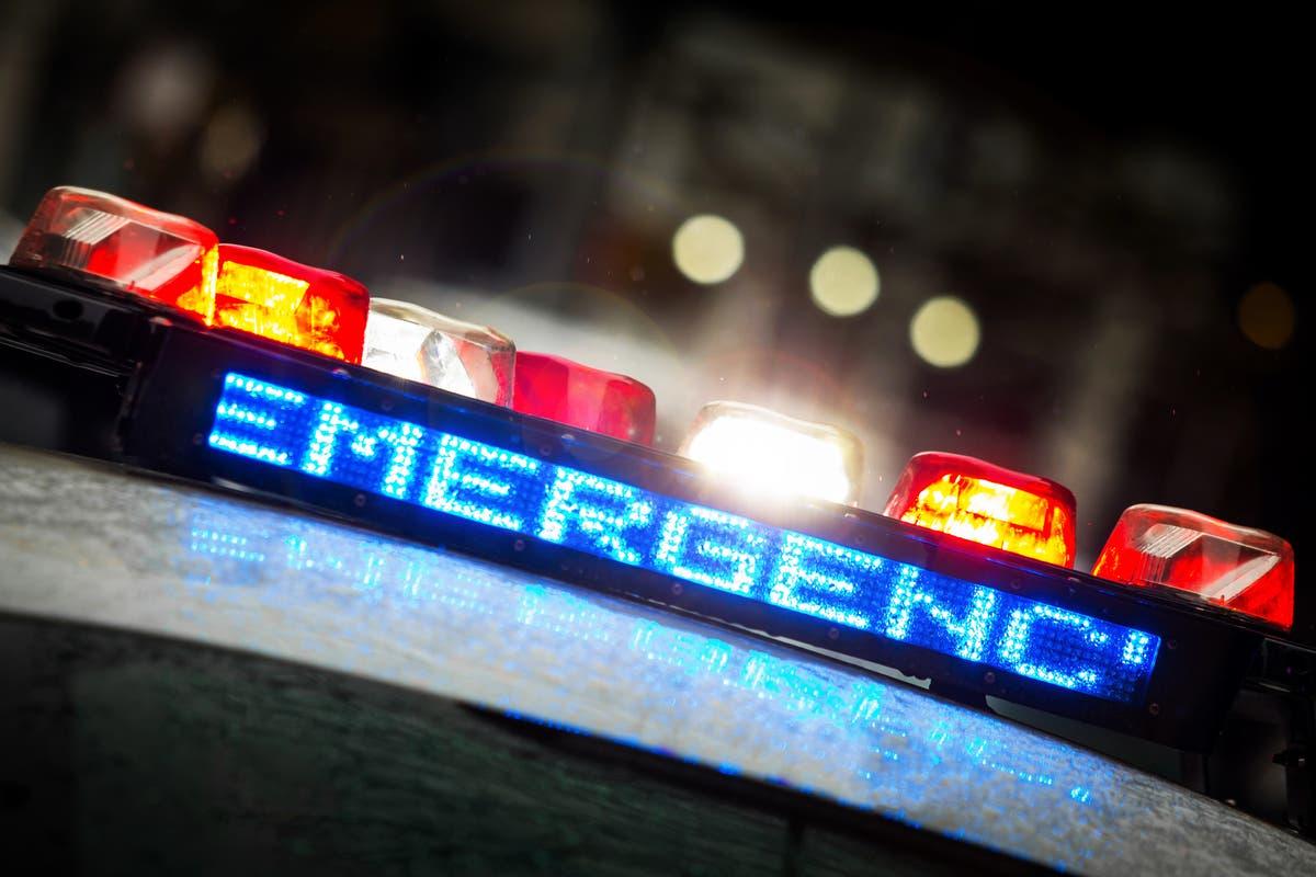 11 morto como van carregando tantos quanto 25 migrantes caem no Texas