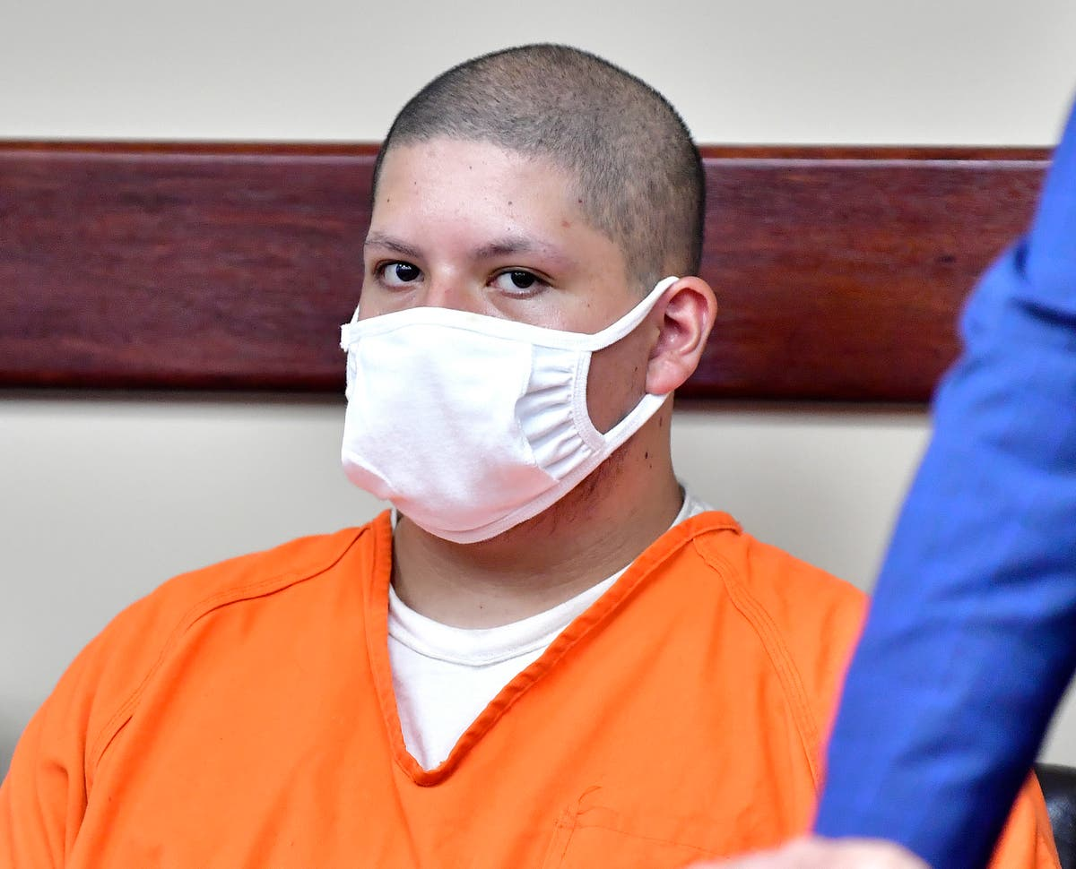 Rapportere: Man blames voices in head for deadly shooting
