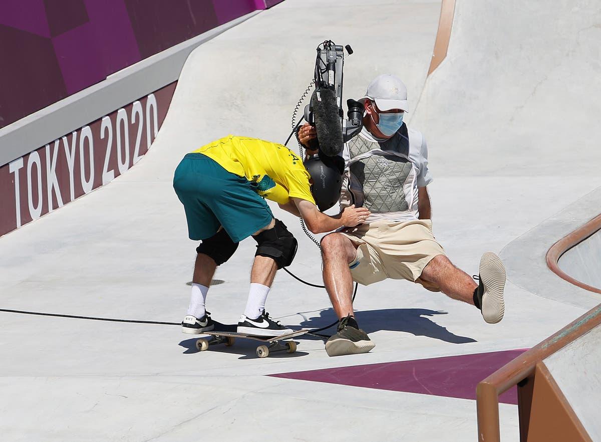 Australian skateboarder crashes into cameraman in Tokyo Olympics