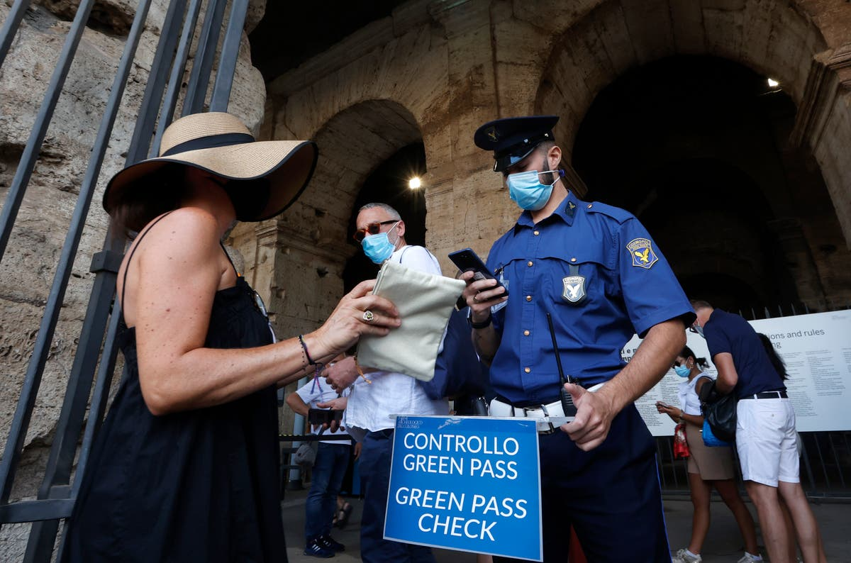 Italië: COVID 'Green Pass' needed for museums, indoor dining