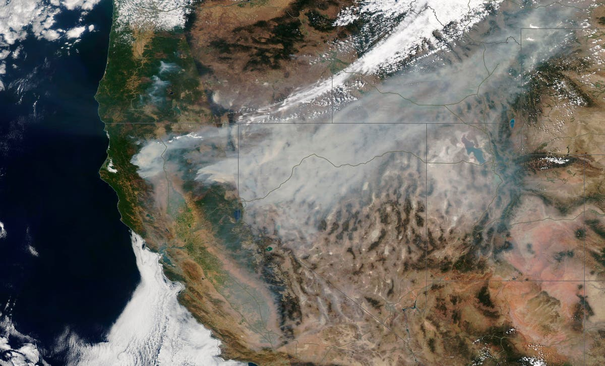 Progress made but hot weather could spur California wildfire