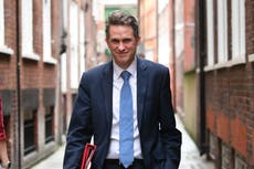 Gavin Williamson says universities shouldn't charge full tuition fees if they fail to deliver what students 'expect'