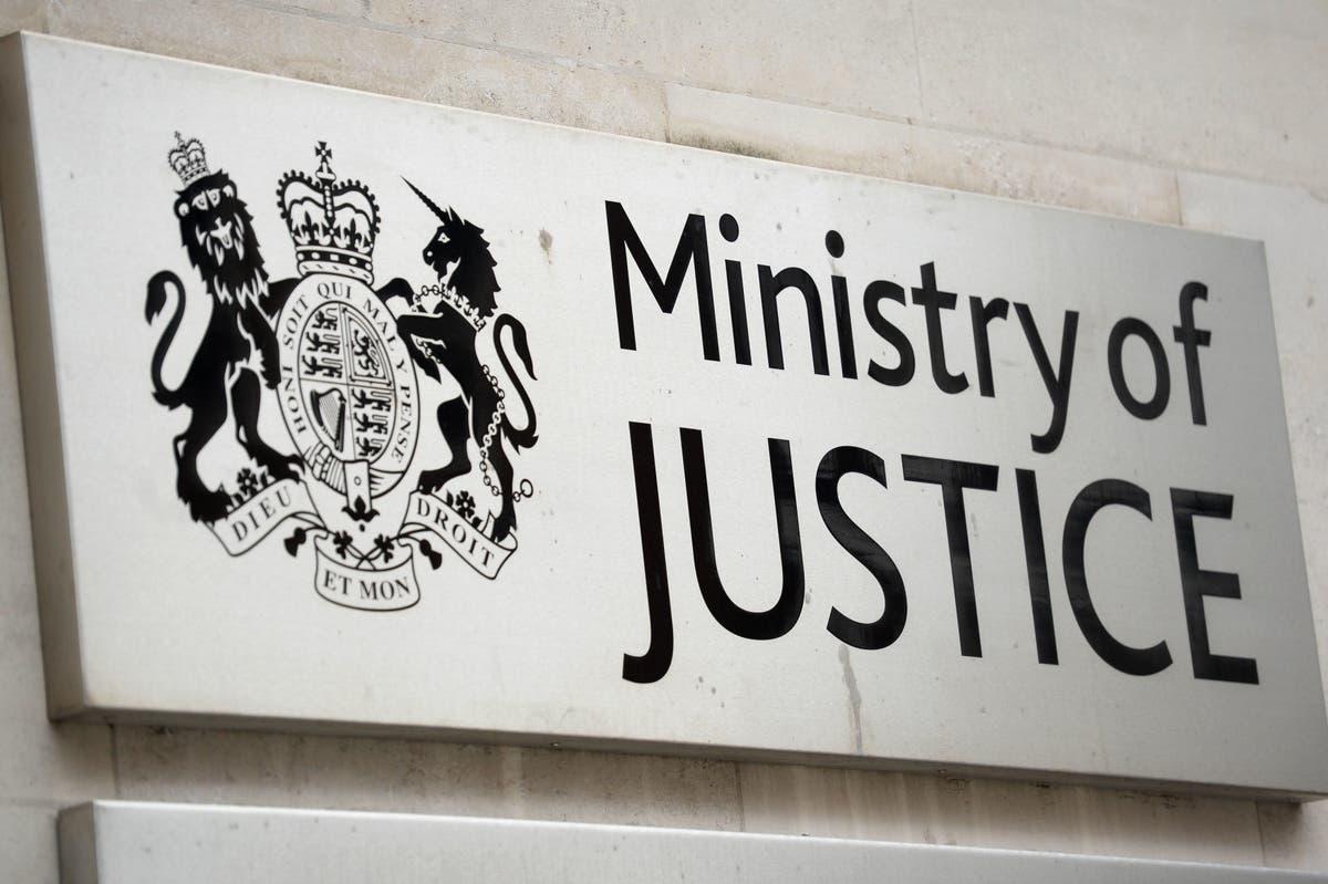 Assault on front-line  prison workers 'de-facto decriminalised', warns report