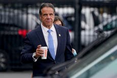 How did the internet react to Andrew Cuomo's resignation?