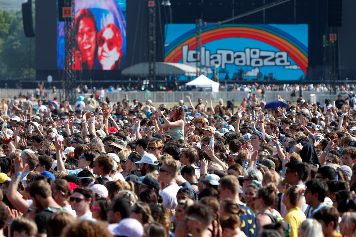 203 cases of COVID-19 linked to Chicago's Lollapalooza