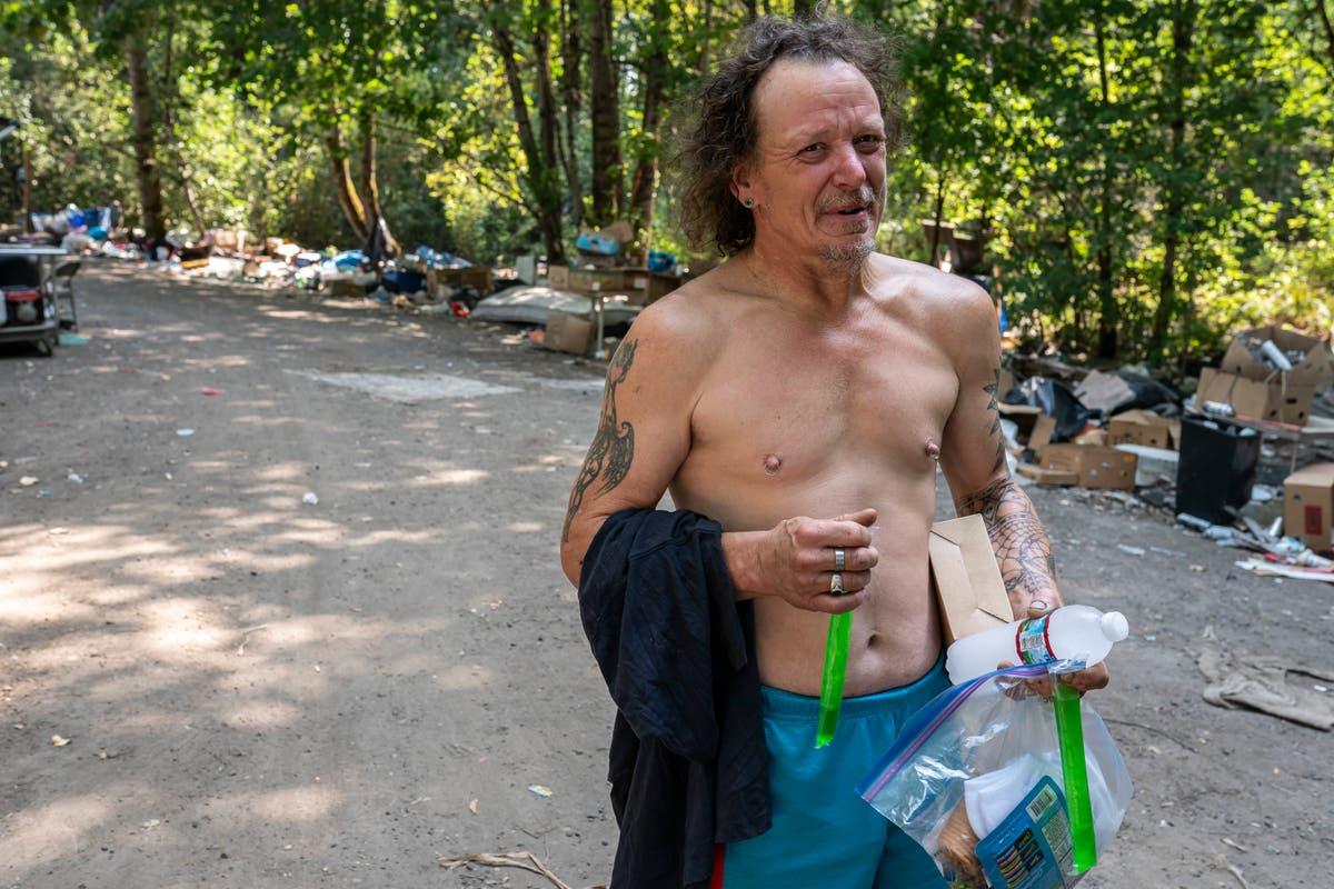 Northwest heat wave spurs help for vulnerable residents